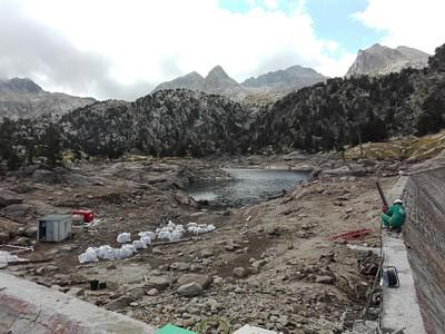 winter is coming- מתקנים את הסכר לקראת החורף